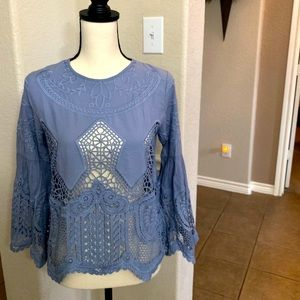 Altar'd State blue embroidered 3/4 sleeve shirt